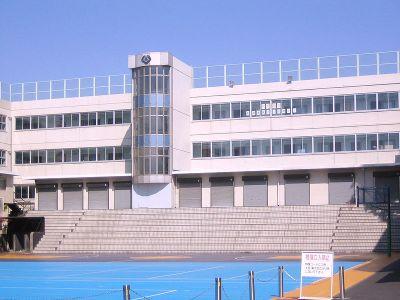 http://shibuyaonprambors.files.wordpress.com/2010/09/horikoshi-2.jpg