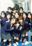 Masami Nagasawa (tengah bawah) - Anne Suzuki (tengah atas)